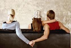 Что делать, если подруге нравится твой парень
