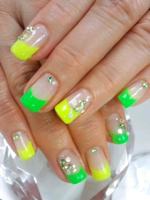 дизайн ногтей фото 2012 лето: