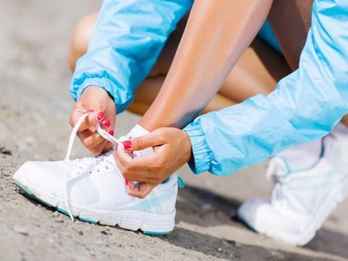 Кроссовки — комфортная модная обувь всегда на пике популярности